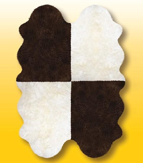 Fellteppiche naturweiß-braun aus 4 Lammfellen, Größe ca. 185 x 125 cm, 30 Grad waschbar
