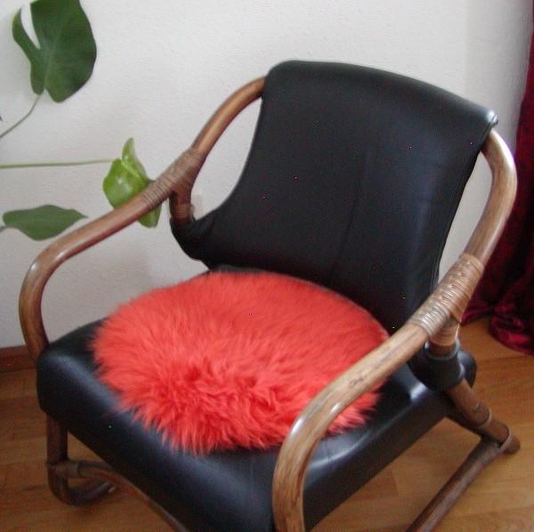 runde Sitzauflage aus australischen Lammfellen, Fellkissen orange, Ø ca. 45 cm, waschbar, Haarlänge ca. 70 mm