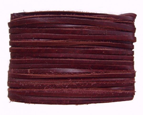 weiches Leder Flechtband Ziegenleder auf Karte weinrot, Länge 10 m, Breite ca. 2,5 mm, Stärke ca. 1,0 mm